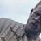 Guy Ritchie dévoile son spectaculaire Roi Arthur